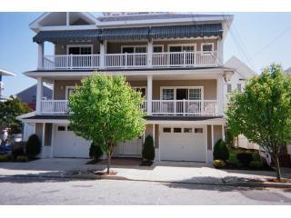 24910003.JPG - Great Reviews/ Close to Beach/ Lg Deck/Parking - Ocean City - rentals