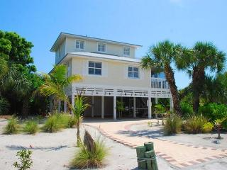 Conch House - Luxury 3 BR/2.5 BA  Pool - Captiva Island vacation rentals