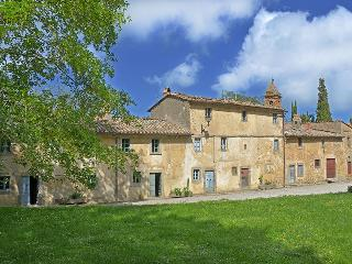 Charming Villa with Internet Access and Fireplace - Siena vacation rentals