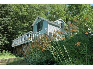 Serene sandy waterfront cottage - Loudon vacation rentals