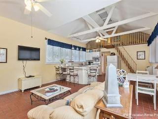 Lightkeepers Cottage, wifi, St Augustine Beach FL - Florida North Atlantic Coast vacation rentals