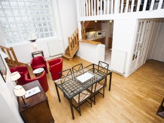 Opera Victiore Vacation Rental in Paris - Paris vacation rentals