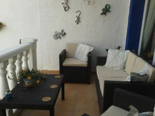 Pretty Apartment/large terrace/close to beach/town - Calpe vacation rentals