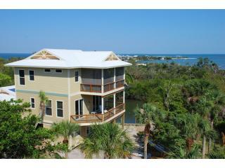 Solitude - Pool, Hot Tub, 2 slips Sleeps 12 - Captiva Island vacation rentals