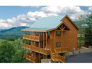 Bashful Bear~MtnV 6/8 Elevator/Theater/GmRm/Wifi - Pigeon Forge vacation rentals