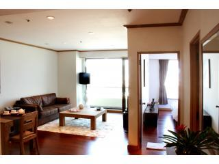 Large One-Bedroom with River Views - 1Bed Apt w/ Free Wi-Fi & Maid Service - Bangkok - rentals
