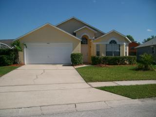 Fun Filled Florida Holidays in this 3 Bedroom House and Outdoor Pool - Kissimmee vacation rentals