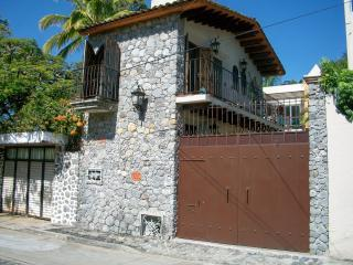 CASITA STREET VIEW - Small, charming, affordable One Bedroom House - Cuernavaca - rentals