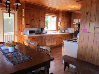 Lakefront  Bruce Peninsula, Ontario, Canada - Bruce Peninsula vacation rentals