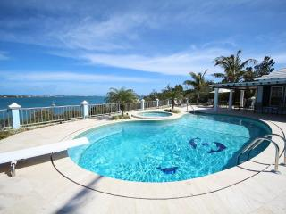 W33. Modern poolside studios with water views - Southampton vacation rentals