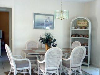 Great location close to popular Sombrero Beach - Marathon vacation rentals