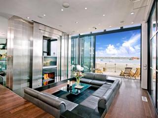 Sleek Retreat - Mission Beach Bay - Pacific Beach vacation rentals
