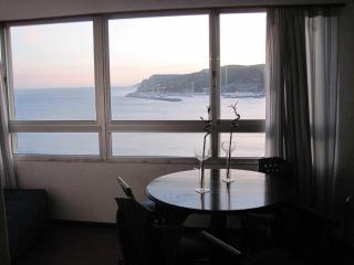 Sesimbra Ocean View Studio - Private Beach Access - Sesimbra vacation rentals