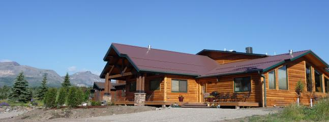 Lone Elk Lodge Vacation Rentals - East Glacier Park vacation rentals