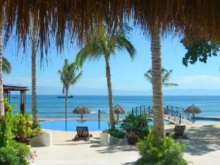 Beachfront Hacienda de Mita with exquisite beaches & access to several activities - Punta de Mita vacation rentals