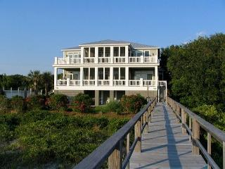Edisto Sunset - Beach Front Showplace For Large Group - Edisto Island vacation rentals