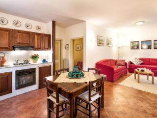 Romantic 1 bedroom Apartment in Foligno with Internet Access - Foligno vacation rentals