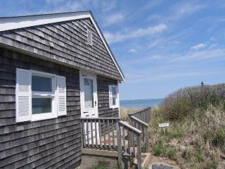 Cozy House with Deck and Television - Sagamore Beach vacation rentals