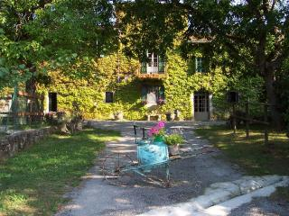 6 bedroom Farmhouse Barn with Internet Access in Parma - Parma vacation rentals