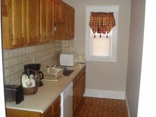 Walk to Train-Downtown-Museums-Common-Waterfront - Salem vacation rentals