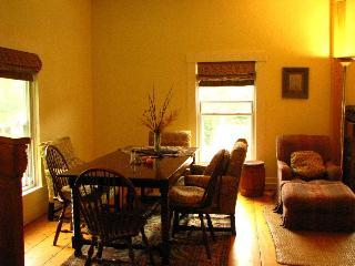 diningroom - Charming Affordable  Home for groups up to 14 - Shelburne Falls - rentals