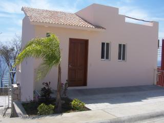 Perfect 2 bedroom Puerto Angel House with Deck - Puerto Angel vacation rentals