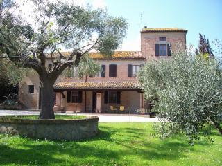 Solebello Country House - Solebello with Pool 10 km beach Senigallia  Marche - Morro D'alba - rentals