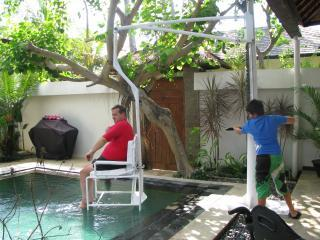 Pool Hoist - Accessible Villa G - Sanur - rentals