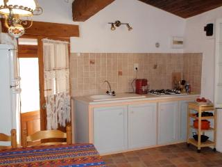 Comfortable 1 bedroom Tuchan House with Internet Access - Tuchan vacation rentals