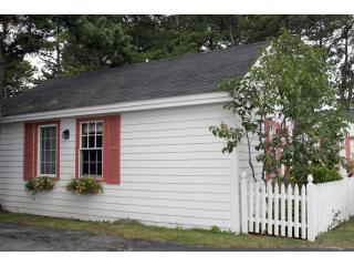 Cottage 7 Outside 1.JPG - White Lamb Cottages - Old Orchard Beach - rentals
