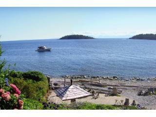 ocean view of the Trail Islands - Absolute Heaven Oceanfront Suites - Sechelt - rentals