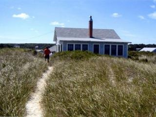 Bright 3 bedroom East Sandwich House with Internet Access - East Sandwich vacation rentals