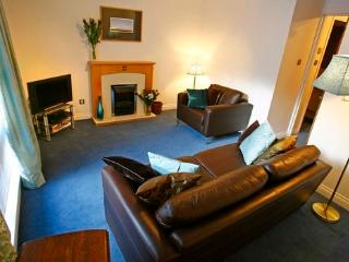 Tolbooth just off Royal Mile - secure parking inc - Edinburgh vacation rentals