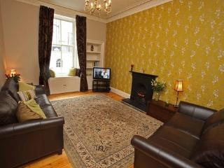 West Bow (Victoria St) just off Royal Mile - Edinburgh vacation rentals