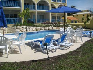 2 bedroom Apartment with Internet Access in Maxwell - Maxwell vacation rentals