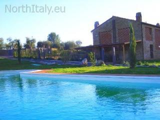 Apartment with swimming pool in Chianti - Barberino Val d' Elsa vacation rentals
