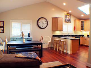 Lovely 4 bedroom Guerneville House with Deck - Guerneville vacation rentals