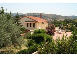 Villa Stratos - private villa in Rethymno Crete - Stratos, Fouli, Maria Villas in Rethymno Crete - Rethymnon - rentals