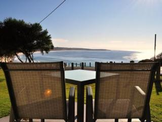 Beach Cabins Merimbula Beachfront Studio - couples - Merimbula vacation rentals