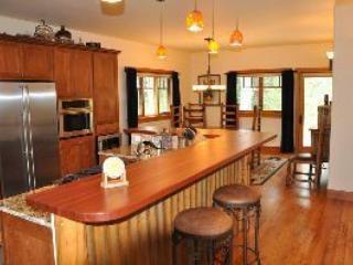 Engineer village, gourmet kitchen - Durango Mtn Home - Durango - rentals