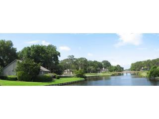 Panoramic view of Villa 905 overlooking waterway, golf course and swimming pools - Beautiful Waterside second home Hilton Head Island - Hilton Head - rentals