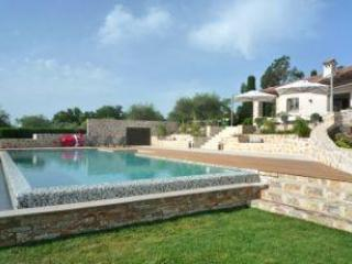 Excellent Provence Vacation Rental with Sea and Mountain Views, 2 minutes from Valbonne - Vence vacation rentals