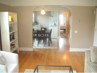 The Maple Deluxe Apts In The Heart of Capitol Hill - Seattle vacation rentals