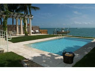Amazing Ocean Front villa Otro Mundo Key Biscayne - Saint John vacation rentals