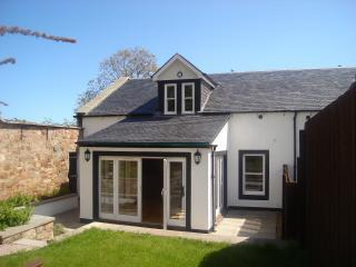 Perfect Cottage with Internet Access and Satellite Or Cable TV - Crail vacation rentals