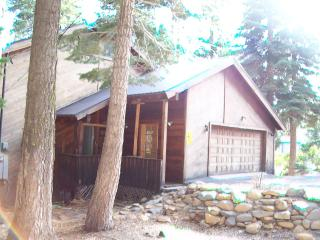 Beach Club*HotTub*Foosball*Pooltabl*Near Sunnyside - Tahoe City vacation rentals