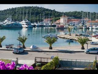 02506ROGO A1(2+1) - Rogoznica - Rogoznica vacation rentals