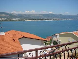 2243  A1(4+1) - Mastrinka - Ciovo vacation rentals