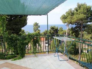 00303IVAN  A5(2+2) - Ivan Dolac - Ivan Dolac vacation rentals