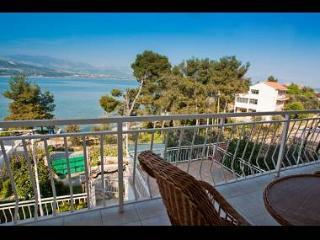 00112TROG  A1(6+1) - Trogir - Trogir vacation rentals